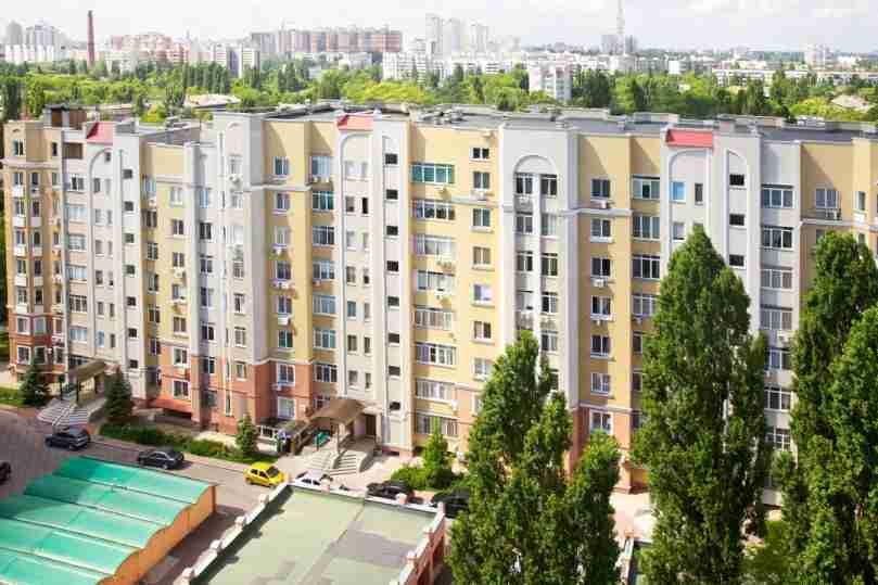 6a Dovzhenko St.